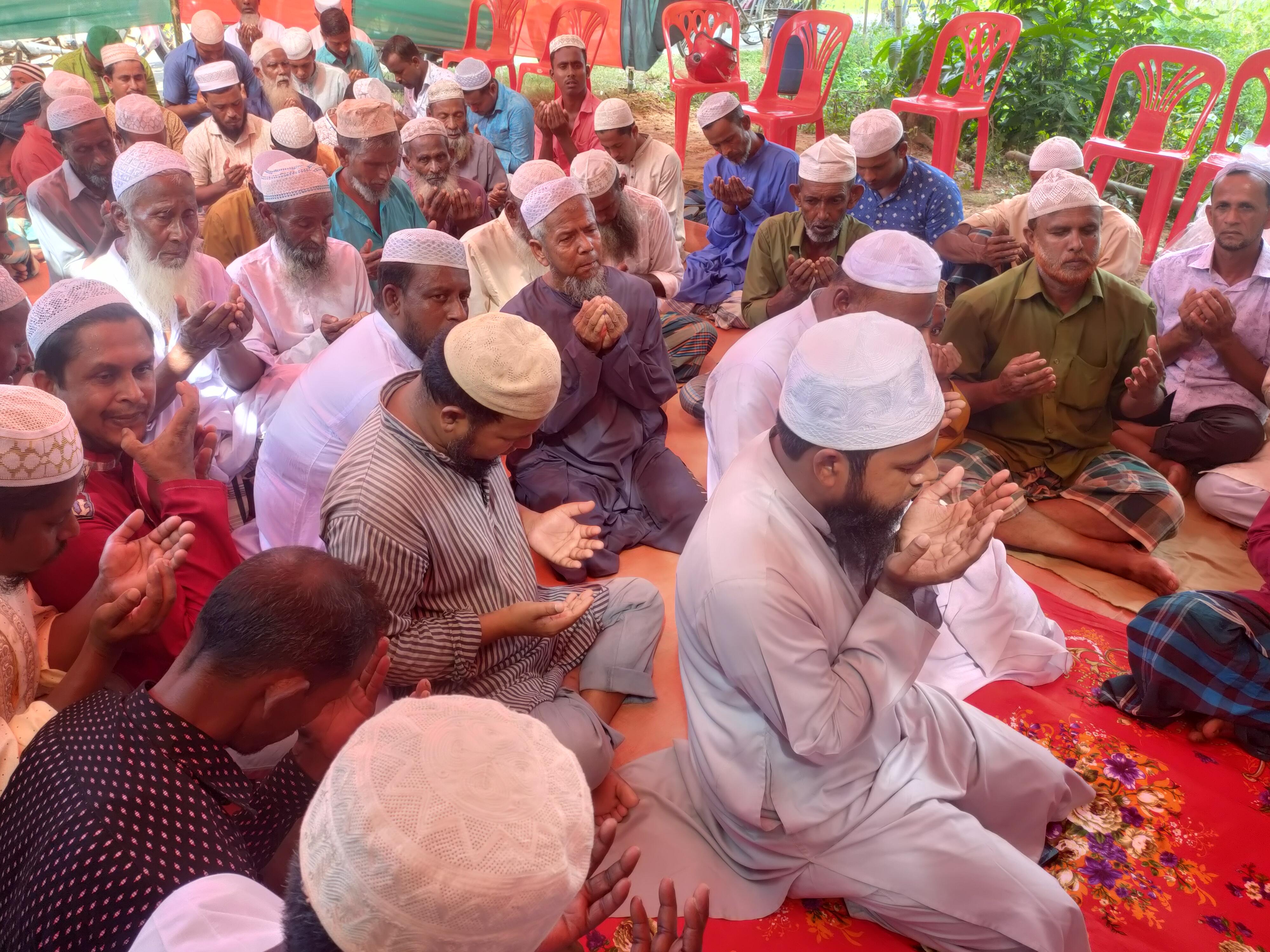 হালুয়াঘাটের শিমুলকুচি গ্রামে কামাল'র কুলখানি অনুষ্ঠিত
